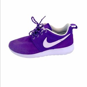 Nike Runners Purple Youth 5Y or Women's 6.5